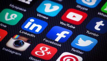 Kupowanie lajków na Facebooku – czy to się opłaca?
